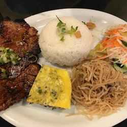 10. Com Tam - 10 Best Vietnamese Dishes