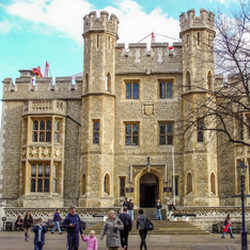 Tower of London - London Her Best to See in 24 Hours