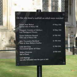 Henry VIII Chopping BLock - London Her Best to See in 24 Hours